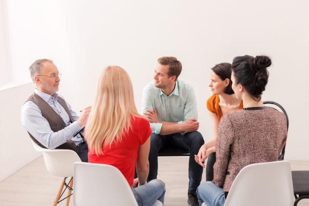Die interdisziplinäre Supervisionsgruppe nach der Balint-Methode richtet sich an all Berufsfachpersonen, welche bei Ihrer Arbeit in einer engeren Beziehung zu Ihren PatientInnen/KlientInnen stehen.